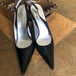 DOLCE & GABBANA black heels with pointed toe